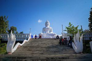 Chedi-Phra-That-Mae-Yen/White-Buddha-Temple