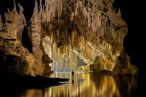 Tham-Lod-Cave/Lang River