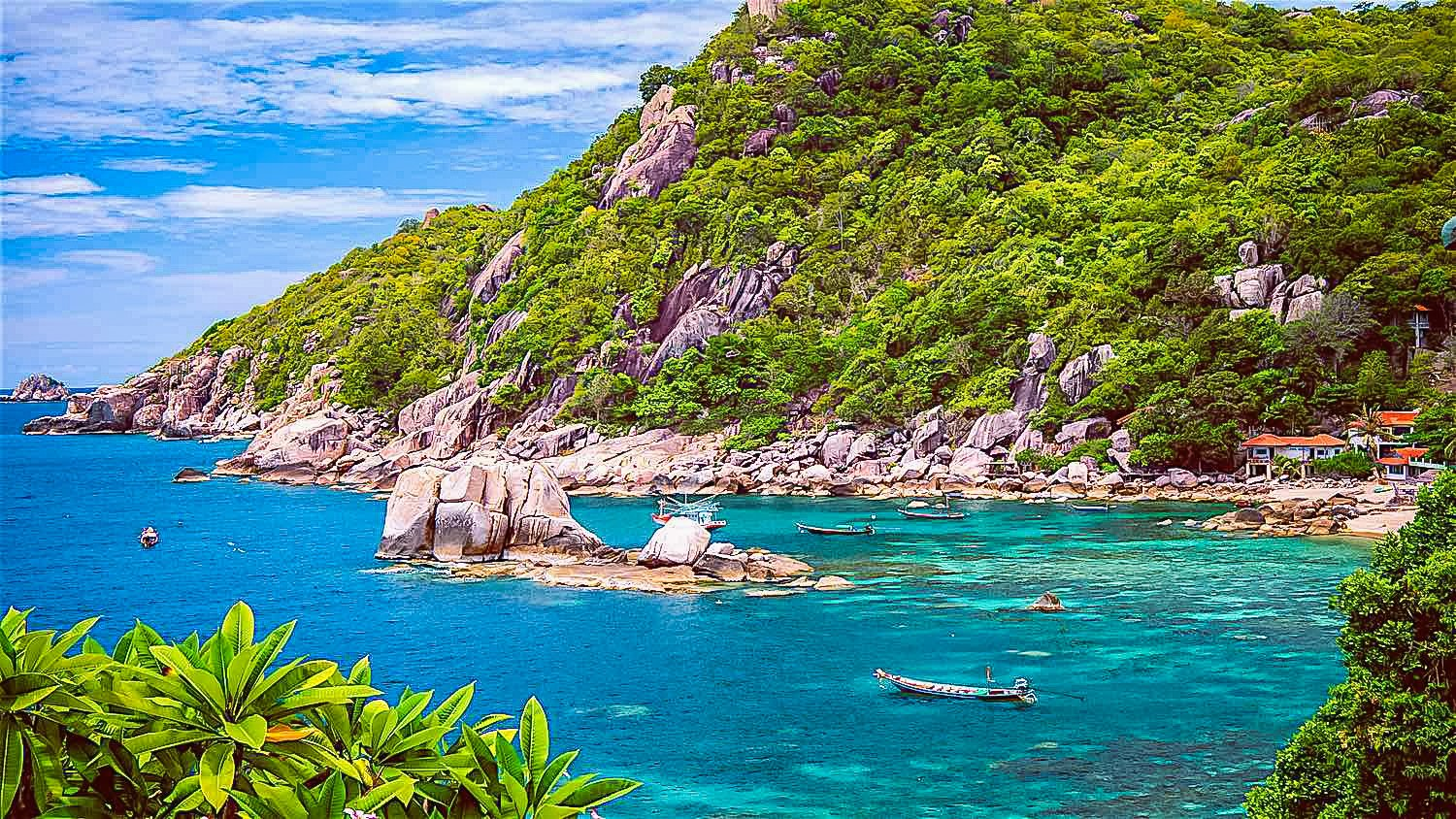 Ao Tanot Bay, is one of the ideal spots in Thailand.