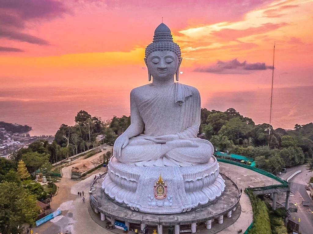 Phuket Big Buddha ( The Great Buddha of Phuket) is a Maravija Buddha statue in Phuket, Thailand.