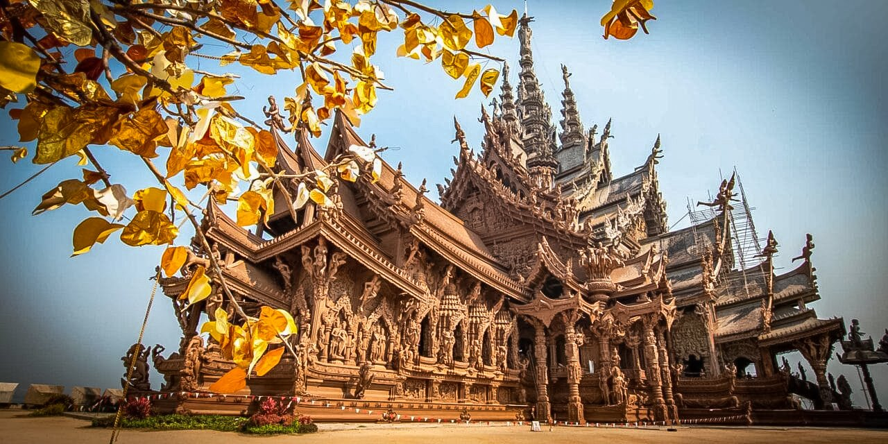 Sanctuary of Truth or Prasat Sut Ja-Tum is the biggest wooden temple in the world located in Pattaya.