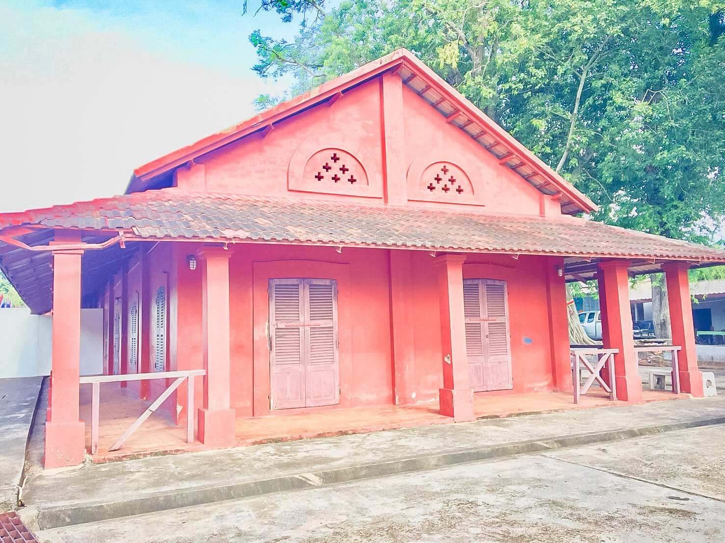 The Red Building of Chanthaburi is historical learning center.