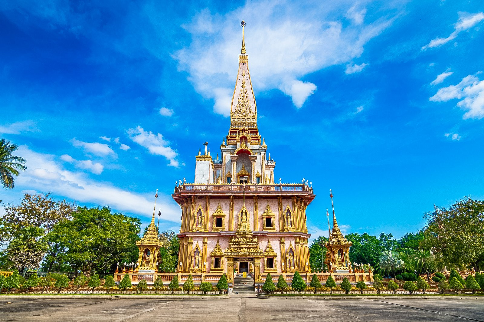 Wat Chalong is Buddhist Temples that is an important and sacred place for Buddhists in Phuket, Thailand.